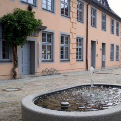 stadtrundgang kirche und klosterhof bergen auf r gen. Black Bedroom Furniture Sets. Home Design Ideas